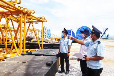 Chi cục Hải quan Vân Phong: Nỗ lực hoàn thành chỉ tiêu